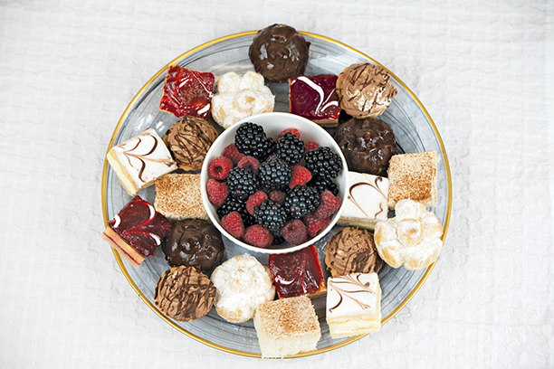 *CASE ONLY* Banquet Mini Pastries